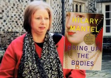 Hilary Mantel Wins Second Booker Prize for Bring Up the Bodies